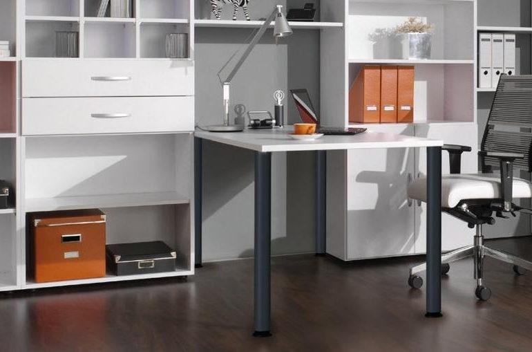 Ein Schreibtisch im Home-Office