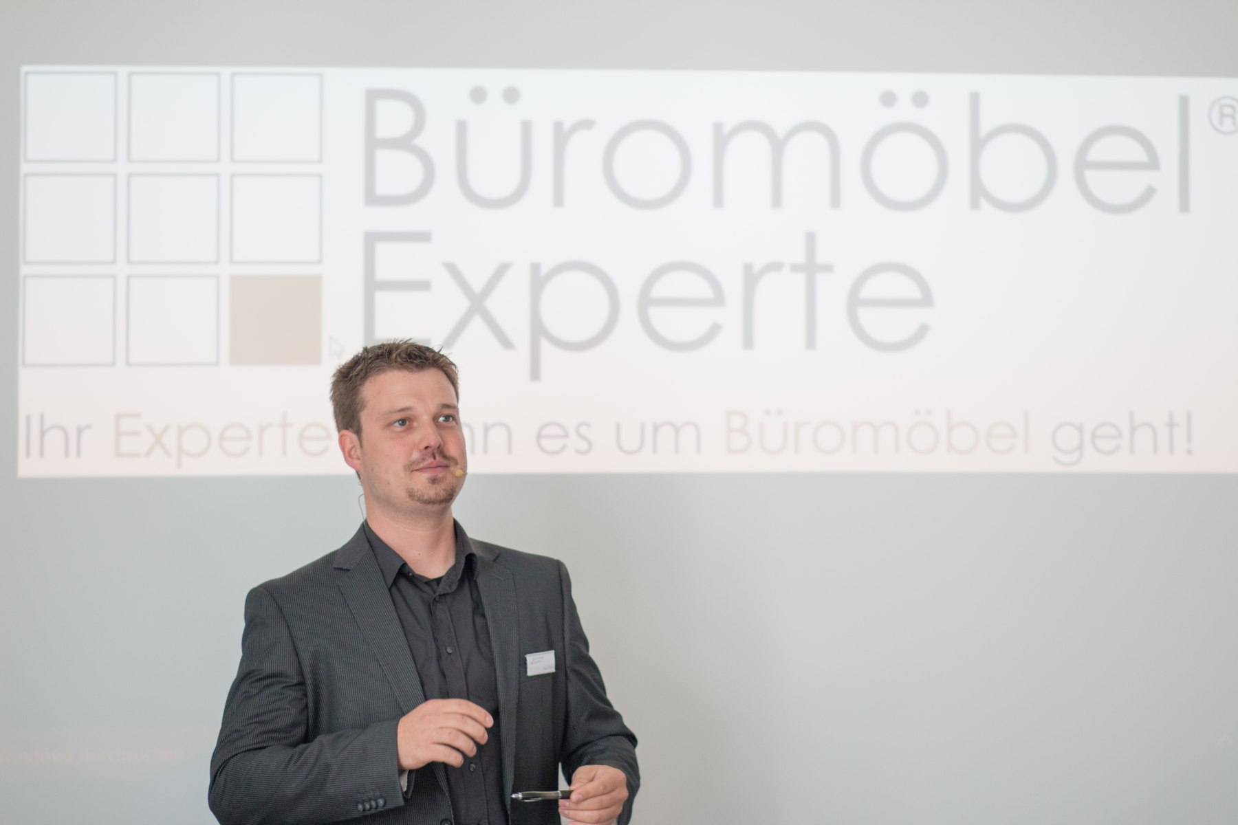 Imagefilm Büromöbel Experte   Büromöbel-Experte: Büroratgeber