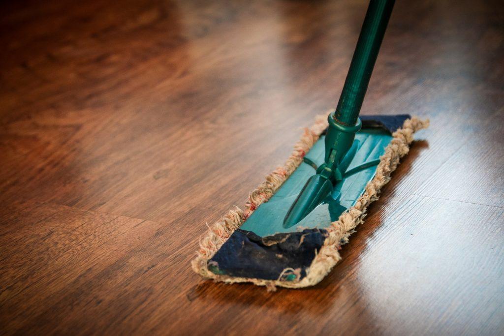 Büro aufräumen – Tipps und Tricks - Büromöbel-Experte