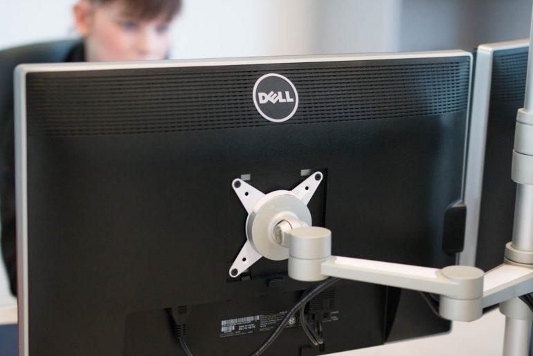 Folgt man den neuesten Studien, so gehen 70 Prozent des Stroms, die der Computer benötigt, ungenützt verloren.