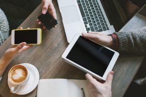 Smartphones Tablets Büro