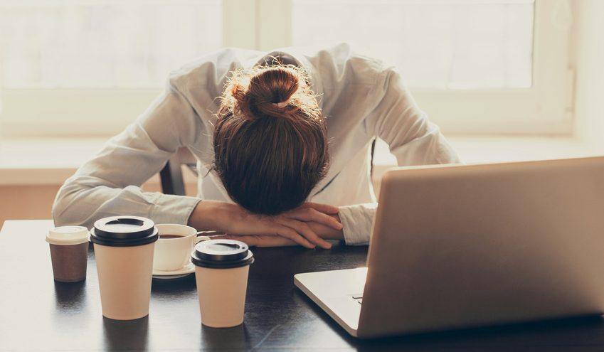 Langer Arbeitstag im Büro. / Foto: kite_rin / fotolia.com