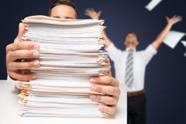 Ein Ordnungssystem schützt vor einer ausufernden Zettelwirtschaft, bei der wichtige Informationen untergehen, weil man den Überblick verliert. / Foto: BillionPhotos.com / fotolia.com