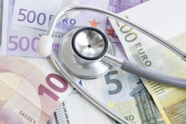 Die Entgeldfortzahlung im Krankheitsfall ist gesetzlich geregelt / Foto: aytuncoylum / fotolia.com