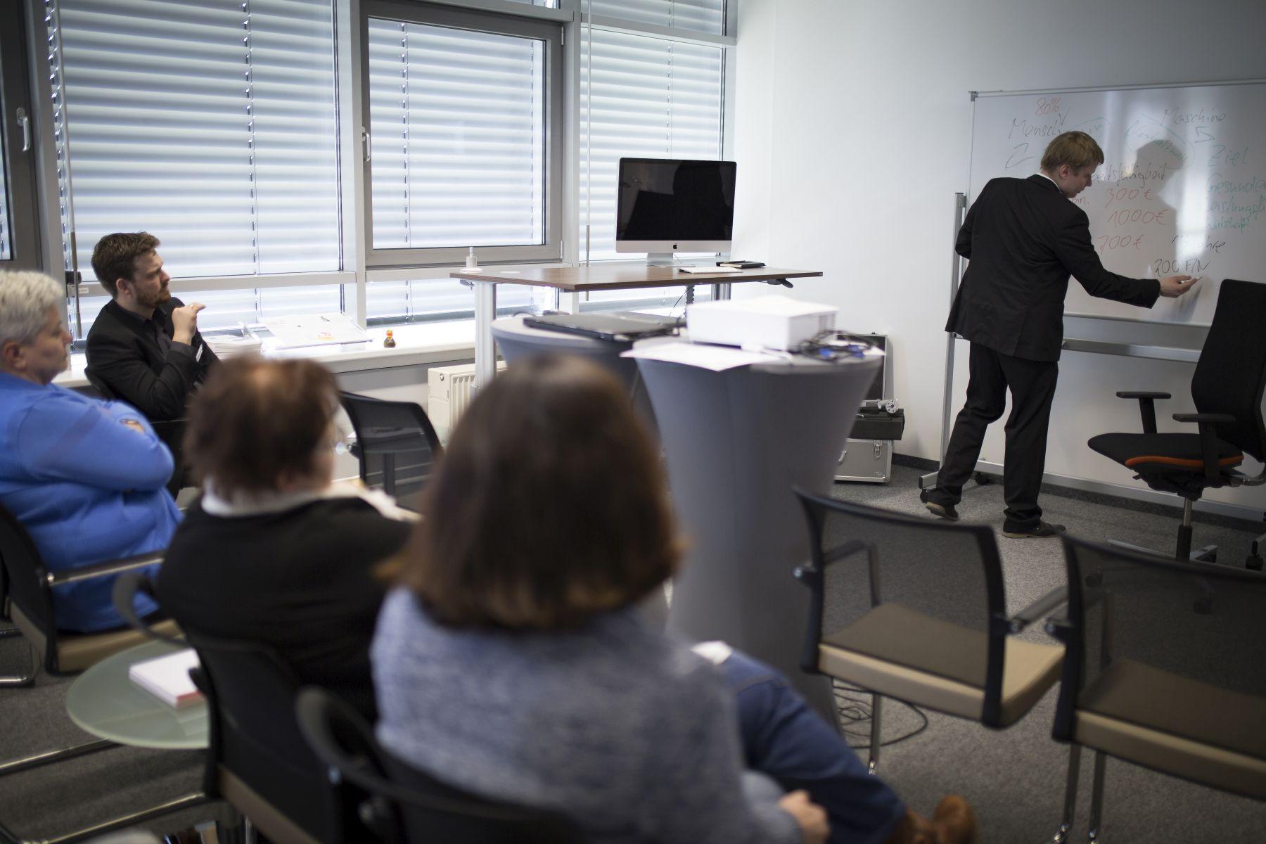 Rückblick: Ergonomie in 5 Punkten - Infoveranstaltung bei Büromöbel-Experte 27
