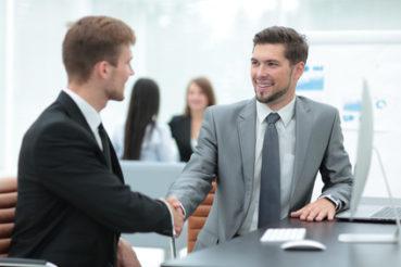 Stellen Sie dem Mitarbeiter einen Ansprechpartner zur Verfügung