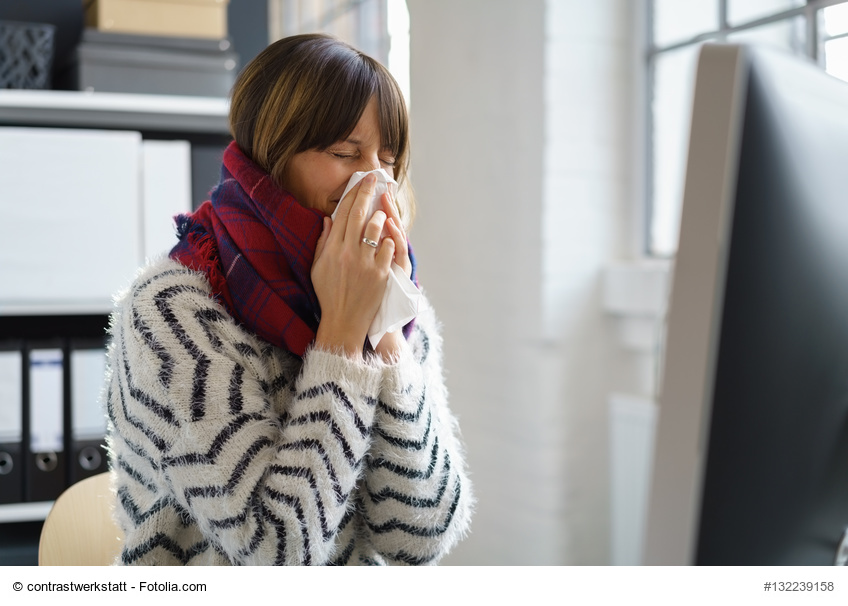 Erkältungswelle im Büro – so stecken Sie sich nicht bei Kollegen an ...