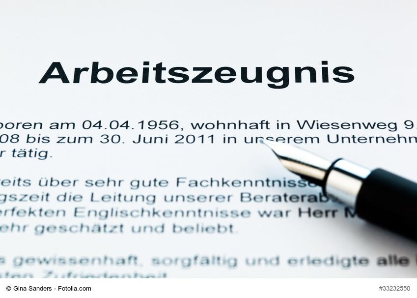 Arbeitszeugnis stellen: Checkliste | Büroratgeber von Büromöbel-Experte