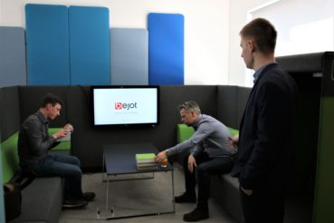 Büromöbel-Experte zu Besuch bei Bejot Büromöbel 12