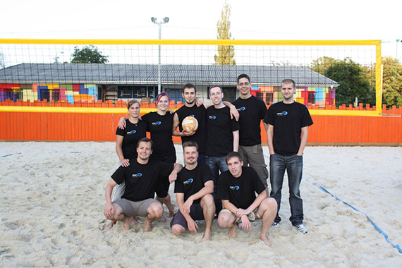 Büromöbel Experte Dresden Team Beachvolleyball